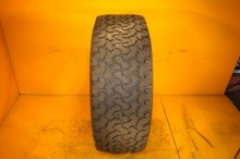 1 Used Tire LT 305/65/17 BFGOODRICH