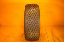 1 Used Tire 265/40/22 TOYO
