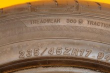 1 Used Tire 235/45/17 FALKEN