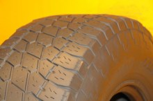 1 Used Tire LT 285/75/16 NITTO