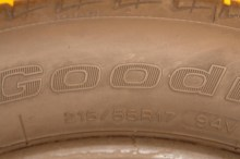 1 Used Tire 215/55/17 BFGOODRICH