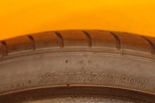 1 Used Tire 225/35/20 NITTO