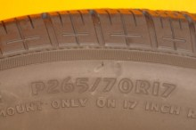 1 Used Tire 265/70/17 MASTERCRAFT