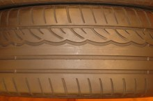 2 Used Tires 255/40/19 DUNLOP